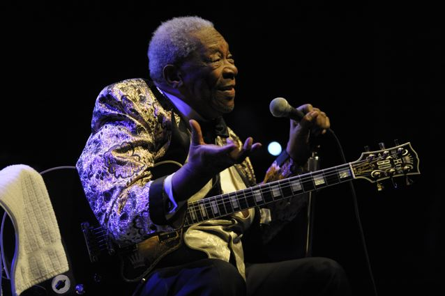 B.B. King - Keswick Theater - Glenside, PA - April 17, 2013 - photo by Jim Rinaldi � 2013