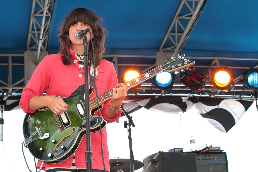 Eleanor Friedberger - The 4Knots Music Festival - South Street Seaport - New York, NY - July 16, 2011 - photos by Mark Doyle � 2011