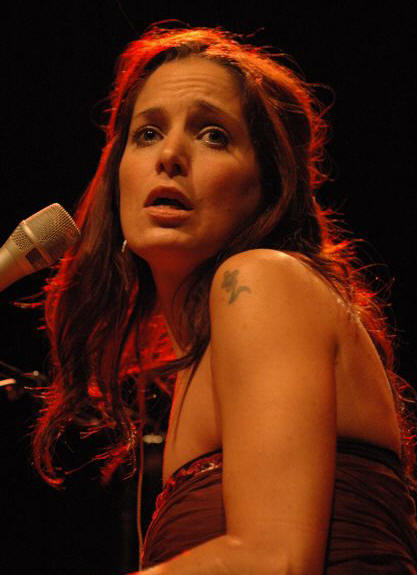 Chantal Kreviazuk - The Keswick Theater - Glenside PA - May 9, 2007 - photo by Jim Rinaldi � 2007