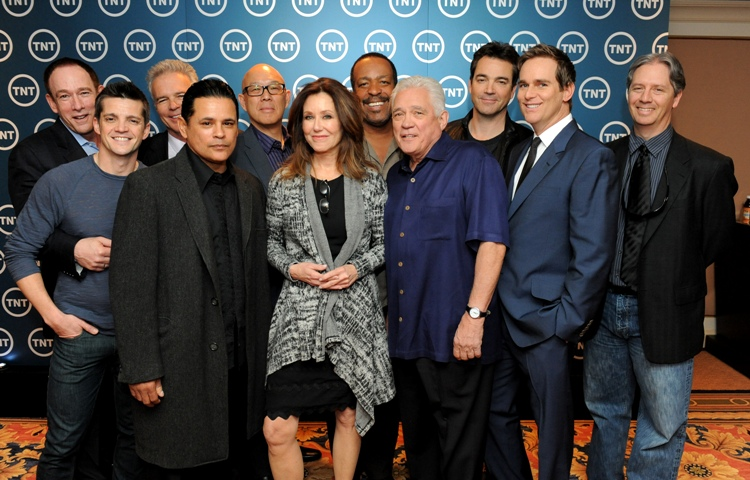 Mary McDonnell and the cast of MAJOR CRIMES.