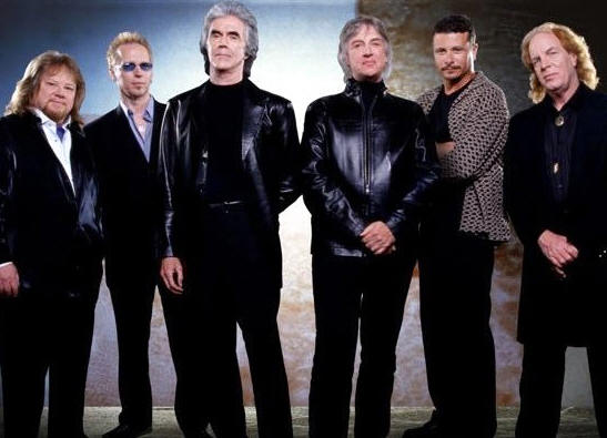 Headliner Extravaganza with Three Dog Night