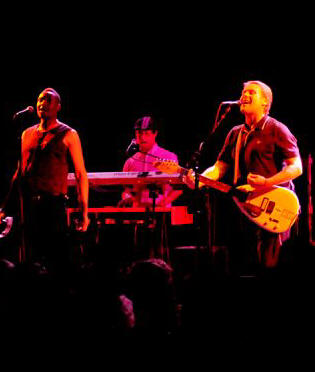 The English Beat - World Caf� Live - Philadelphia, PA - August 16, 2010 - photos by Jim Rinaldi � 2010