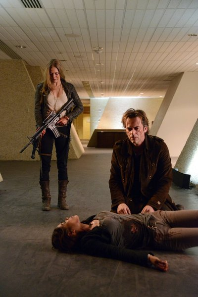 "REVOLUTION -- ""The Dark Tower"" Episode 120 -- Pictured: (l-r) Tracy Spiridakos as Charlie Matheson, Daniella Alonso as Nora, Billy Burke as Miles Matheson -- (Photo by: Brownie Harris/NBC)"