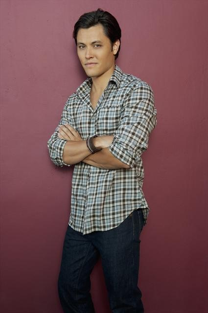 Blair Redford stars in THE LYING GAME.