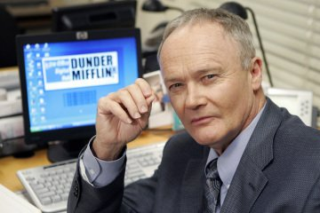 Creed Bratton stars in THE OFFICE.