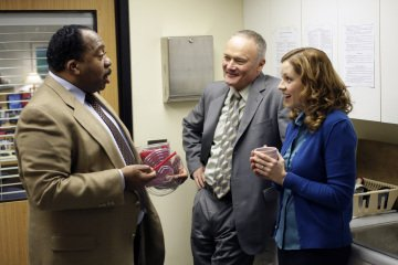 "THE OFFICE -- ""The Michael Scott Paper Company"" Episode 523 -- Pictured: Leslie David Baker as Stanley Hudson, Creed Bratton as Creed Bratton, Jenna Fischer as Pam Beesly -- NBC Photo: Chris Haston"