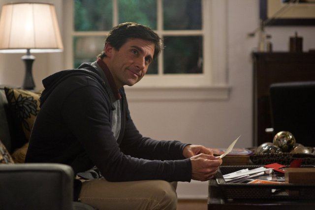 Steve Carell stars in SEEKING A FRIEND FOR THE END OF THE WORLD.