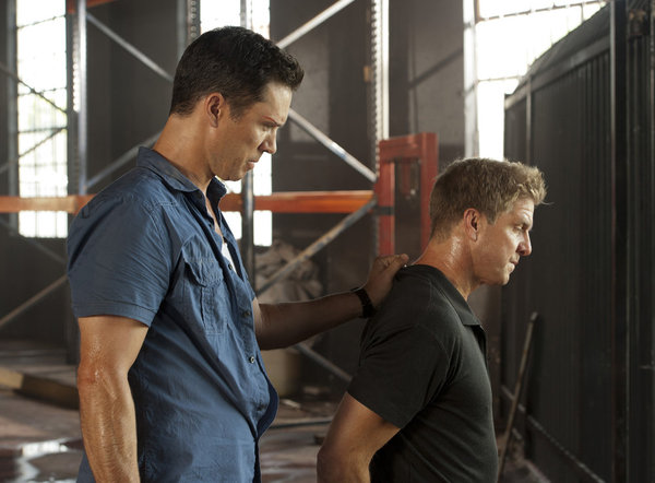 "BURN NOTICE -- ""Desperate Measures"" -- Pictured: (l-r) Jeffrey Donovan as Michael Westen, Kenny Johnson as Tyler Gray -- (Photo by Glenn Watson/USA Network)"