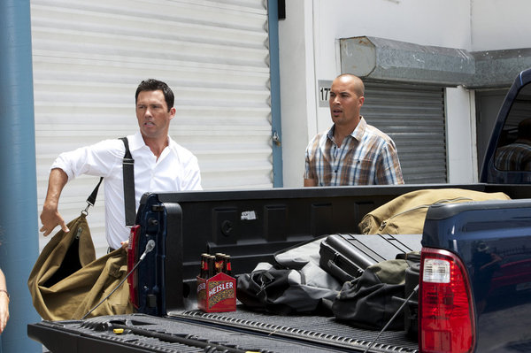 "BURN NOTICE -- ""Over The Lines"" -- Pictured: (l-r) Jeffrey Donovan as Michael Westen, Coby Bell as Jesse Porter -- (Photo by Glenn Watson/USA Network)"