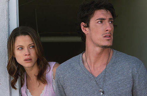 Scottie Thompson and Eric Balfour star as Elaine and Jarrod in the Rogue Pictures feature SKYLINE.