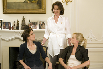 Tina Fey, Sigourney Weaver and Amy Poehler in 'Baby Mama.'