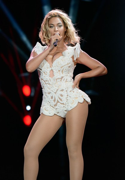 Beyonc�- Budweiser Made In America Fest (Day One) - Benjamin Franklin Parkway - Philadelphia, PA - August 31, 2013 - photo by Getty Images � 2013. Courtesy of MSO.