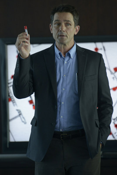 "HELIX -- ""Pilot"" Episode 101 -- Pictured: Billy Campbell as Alan Farragut -- (Photo by: Philippe Bosse/Syfy)"