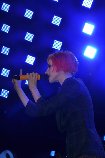 Paramore - Q102 Jingle Ball 2013   The Wells Fargo Center - Philadelphia, PA - December 4, 2013 - photo by Jackie Speiss � 2013