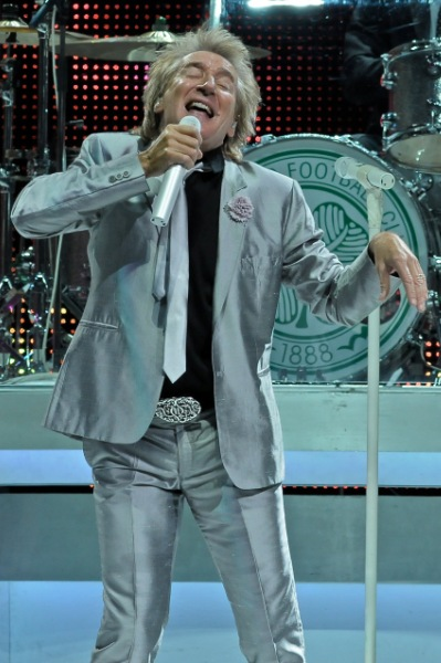 Rod Stewart - Wells Fargo Center - Philadelphia, PA - December 11, 2013 - photo by Jim Rinaldi � 2013