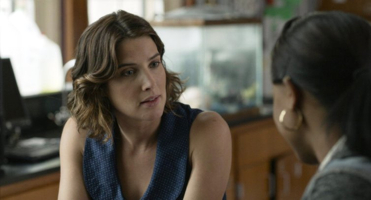 Cobie Smulders stars in �Unexpected.�