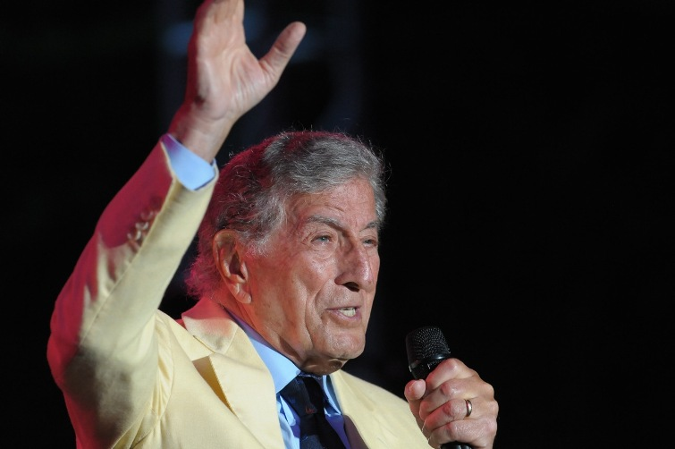 Tony Bennett - Longwood Gardens - Kennett Square, PA - August 27, 2013 - photo by Jim Rinaldi � 2013