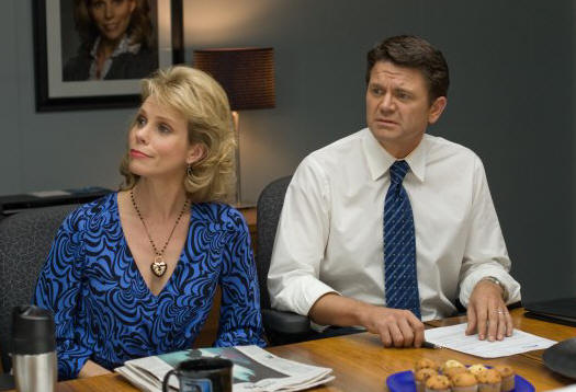 Cheryl Hines and John Michael Higgins in 'The Ugly Truth.'