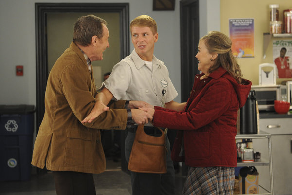 "30 ROCK -- ""Governor Dunston"" Episode 702 -- Pictured: (l-r) Brian Cranston as Ron, Jack McBrayer as Kenneth Parcell, Catherine O'Hara as Pearline -- (Photo by: Ali Goldstein/NBC)"