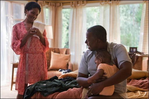 Lisa Gay Hamilton and Andre Braugher in MEN OF A CERTAIN AGE.
