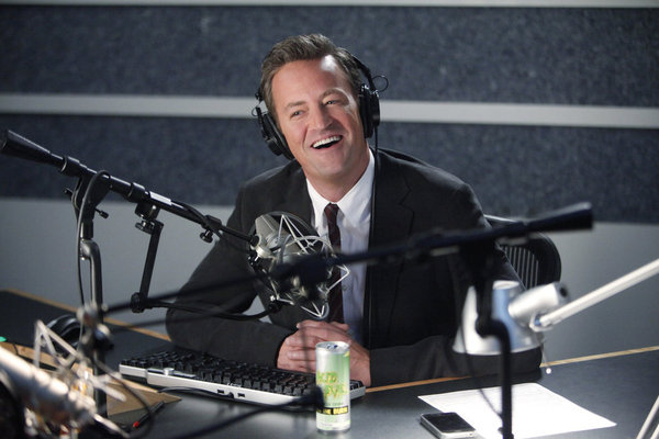 "GO ON -- ""Pilot"" -- Pictured: Matthew Perry as Ryan King -- (Photo by: Jordin Althaus/NBC)"