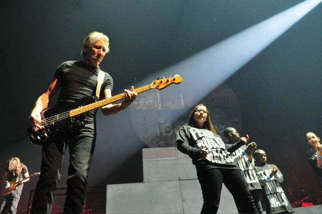 Roger Waters perforning 'The Wall' - Wells Fargo Center - Philadelphia, PA - November 8, 2010 - photos by Jim Rinaldi � 2010