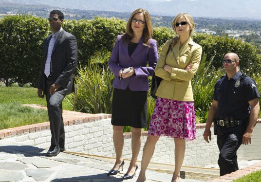 Corey Reynolds as Sgt. Gabriel, Mary McDonnell as Capt. Raydor and Kyra Sedgwick as Deputy Chief Brenda Johnson in THE CLOSER.