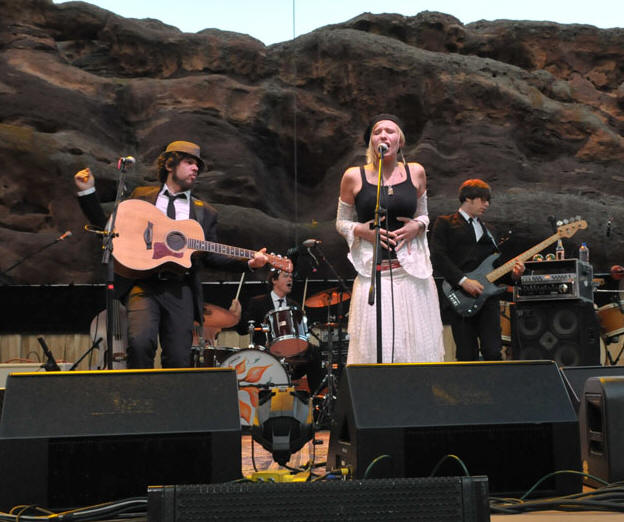 Sharon Little - Red Rocks Amphitheater - Morrison, CO - June 21, 2008 - photos by Jim Rinaldi � 2008