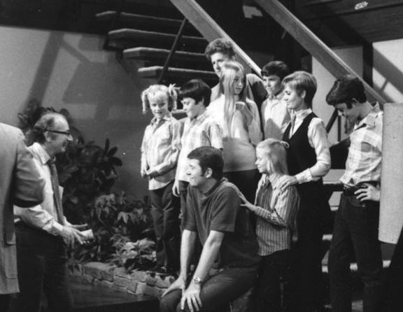 Sherwood Schwartz with the cast of 'The Brady Bunch.'