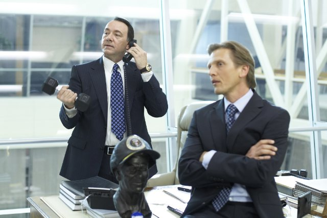 Kevin Spacey and Barry Pepper in CASINO JACK.